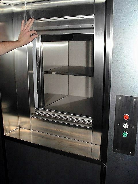 Dumbwaiter with A60 fire doors in open position